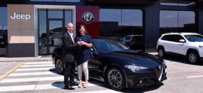 اولین سری آلفارومئو جولیا در کشور زادگاهش، ایتالیا تحویل خریداران شد.